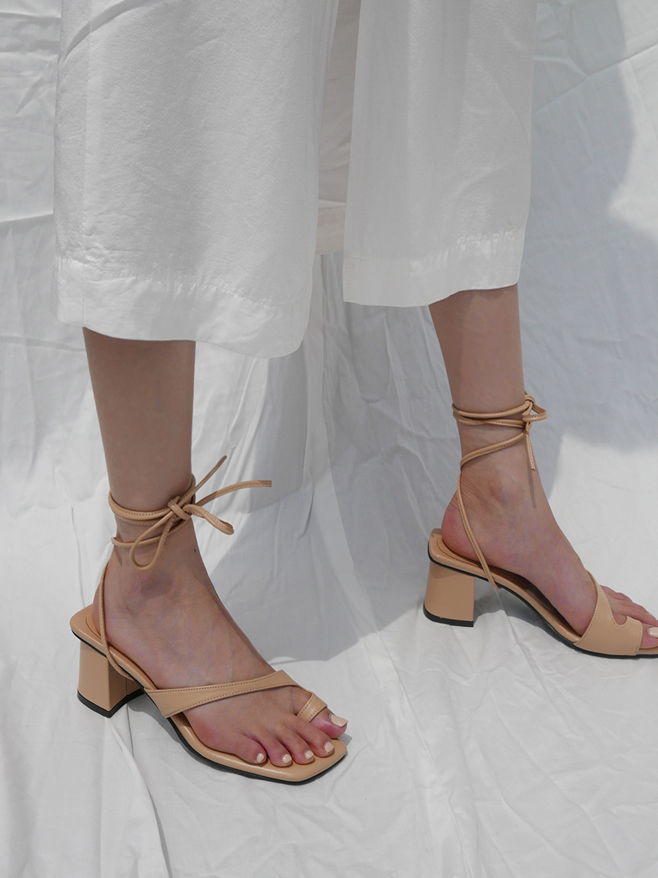 Mrc037 Two-Way Resort Sandal (NudeBeige)